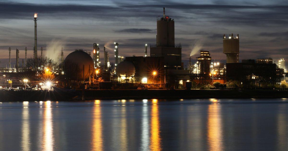 Энергетический кризис углубляется. Промышленные потребители должны быть готовы остановить производство из-за риска отключения электроэнергии