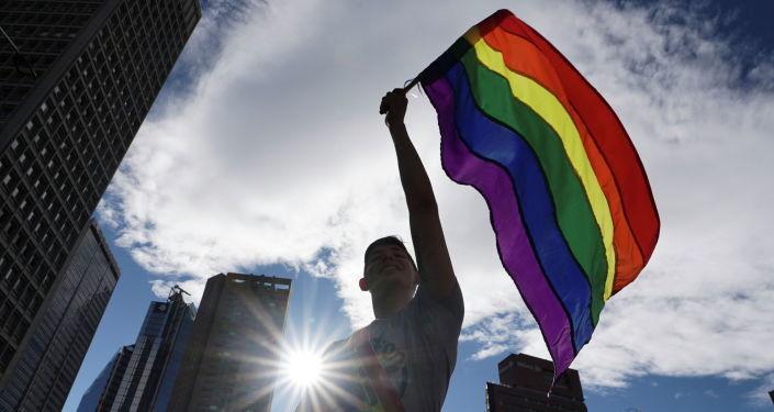 Европарламент осудил дискриминацию ЛГБТИК - при чем здесь мораль?