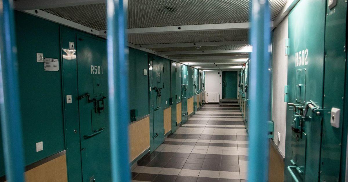 Заключенные Вируской тюрьмы жалуются на невыносимую жару. Тюрьма заявляет, что все в порядке