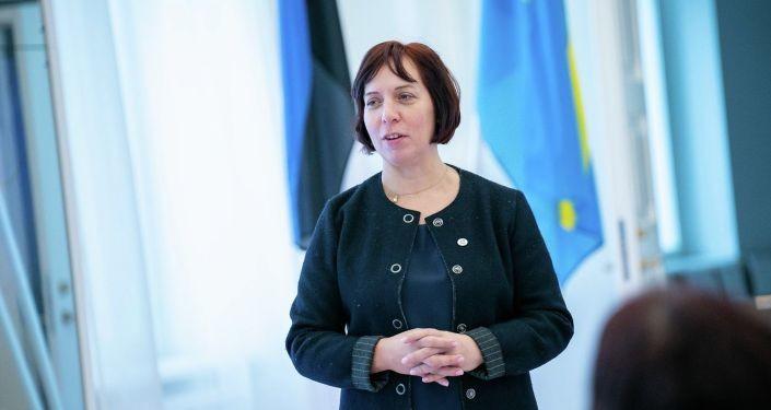 Кофемашина и авиабилеты: что еще могла присвоить экс-министр образования Репс