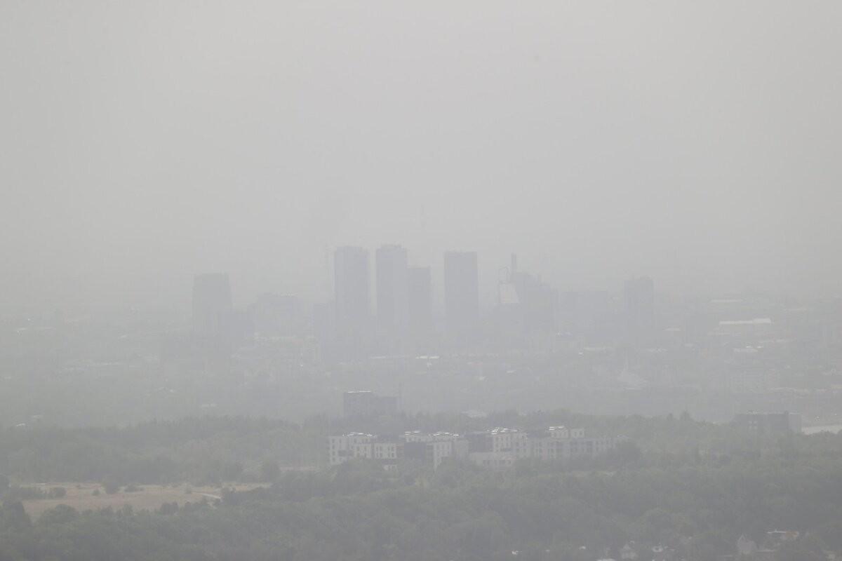 ФОТО   Солнце пропало: Таллинн окутала пыль из Средней Азии
