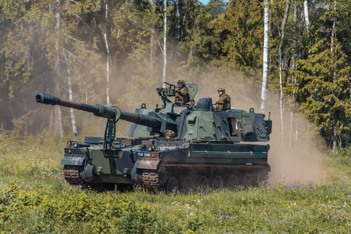 ФОТО   Силы обороны Эстонии испытали свои новые гаубицы