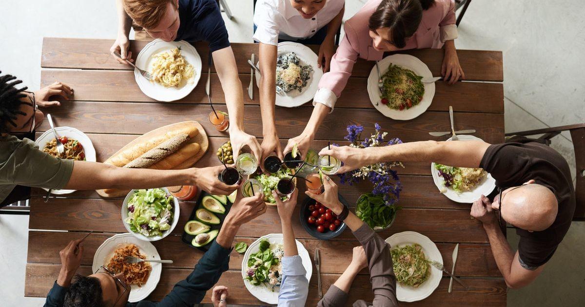 Пять причин, по которым лучше жить поближе к родственникам