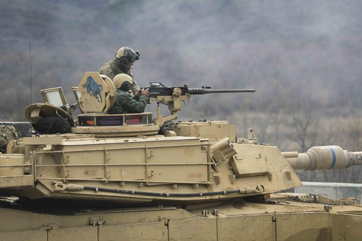 """Польша потратит $6 млрд на американские танки """"Абрамс"""". Зачем?"""