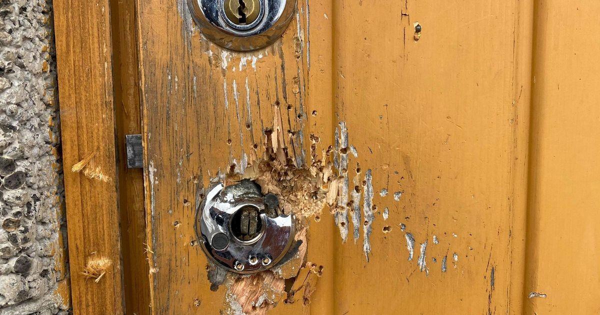 Стрельба у многоквартирного дома: оскорбление тещи местного «крестного отца» привело к вооруженной разборке