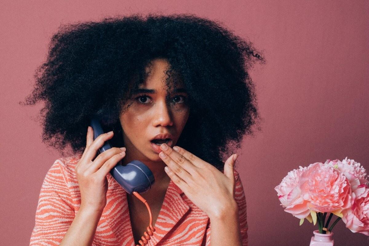 """""""За наличие акцента не должно быть стыдно"""": блогер RusDelfi рассуждает о том, как особенности произношения влияют на нашу жизнь"""