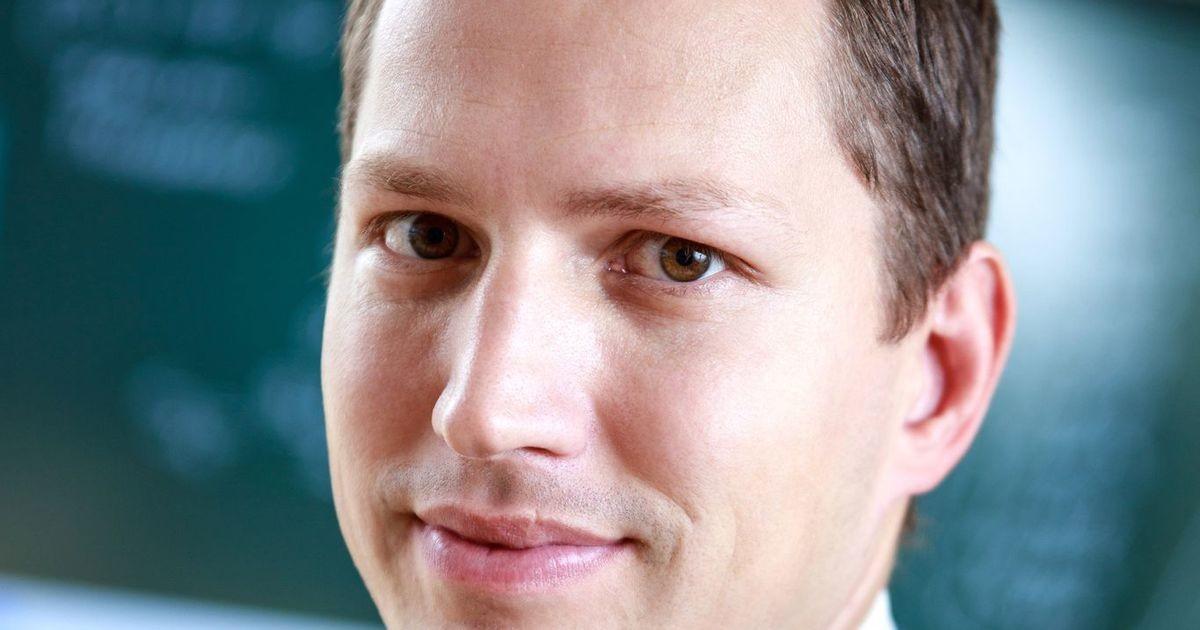 Денис Преснецов: выбирать язык обучения должны родители, а не политики