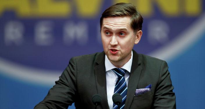 Россия и Путин едины: эстонский евродепутат раскритиковал антироссийский доклад