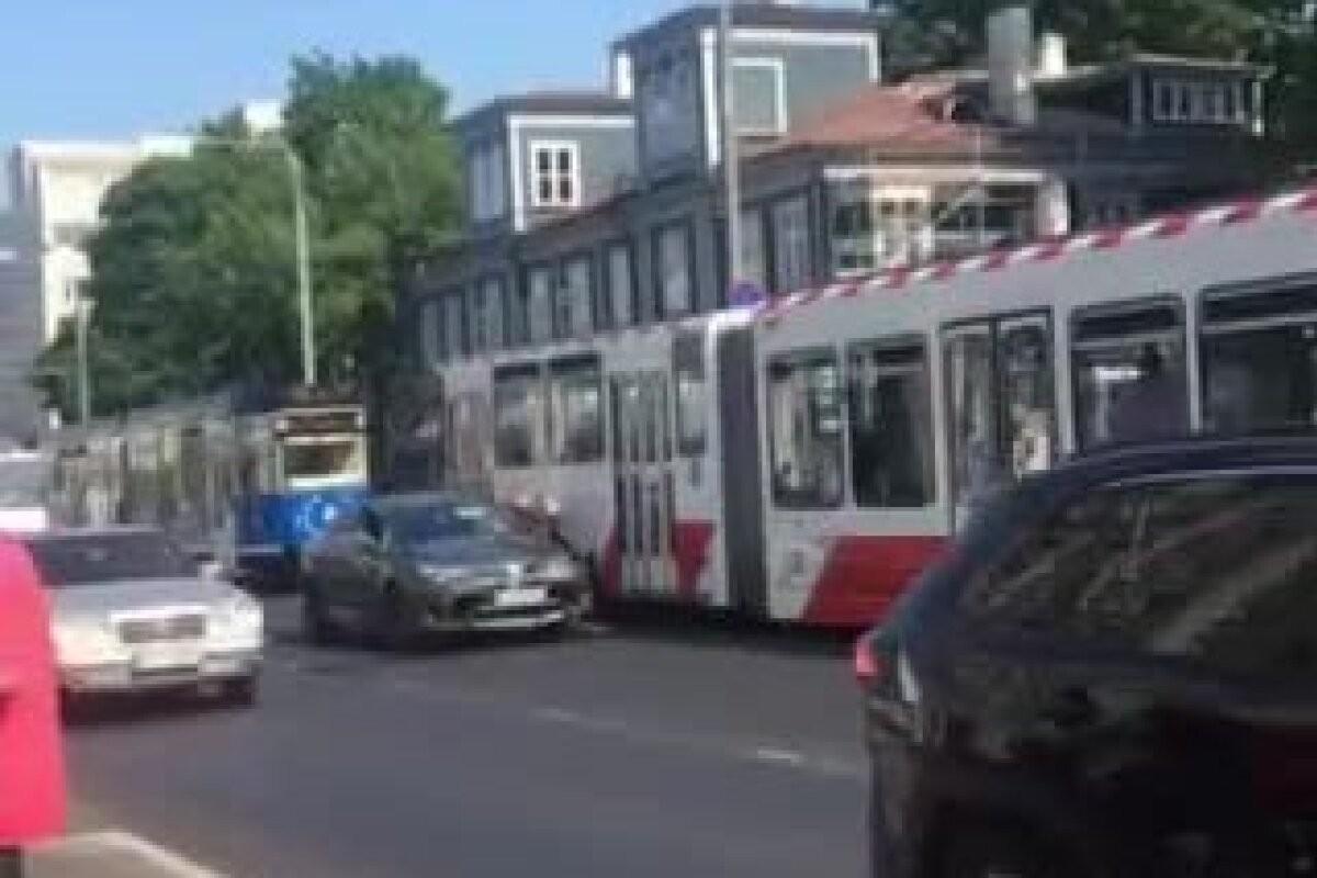 ВИДЕО | В Таллинне из-за аварии было временно нарушено движение трамваев