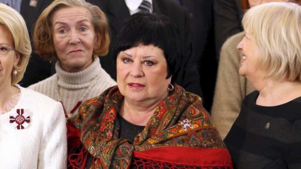 Латышская публицистка долго ждала 23 февраля и накопила много яда