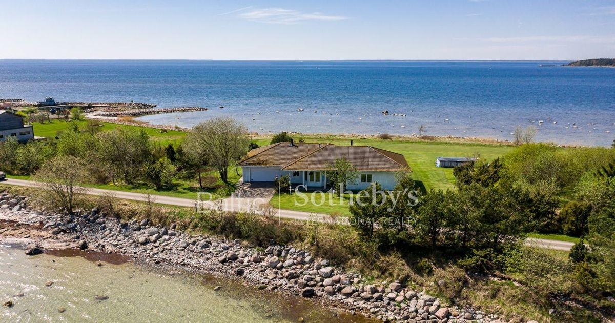 Только для богатых: дом в Виймси со своим пляжем и кусочком моря