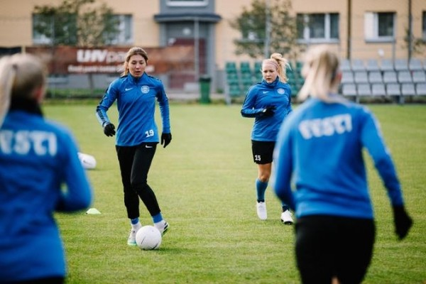Женская сборная Эстонии по футболу завершила отборочный цикл ЧЕ крупным поражением от Словении