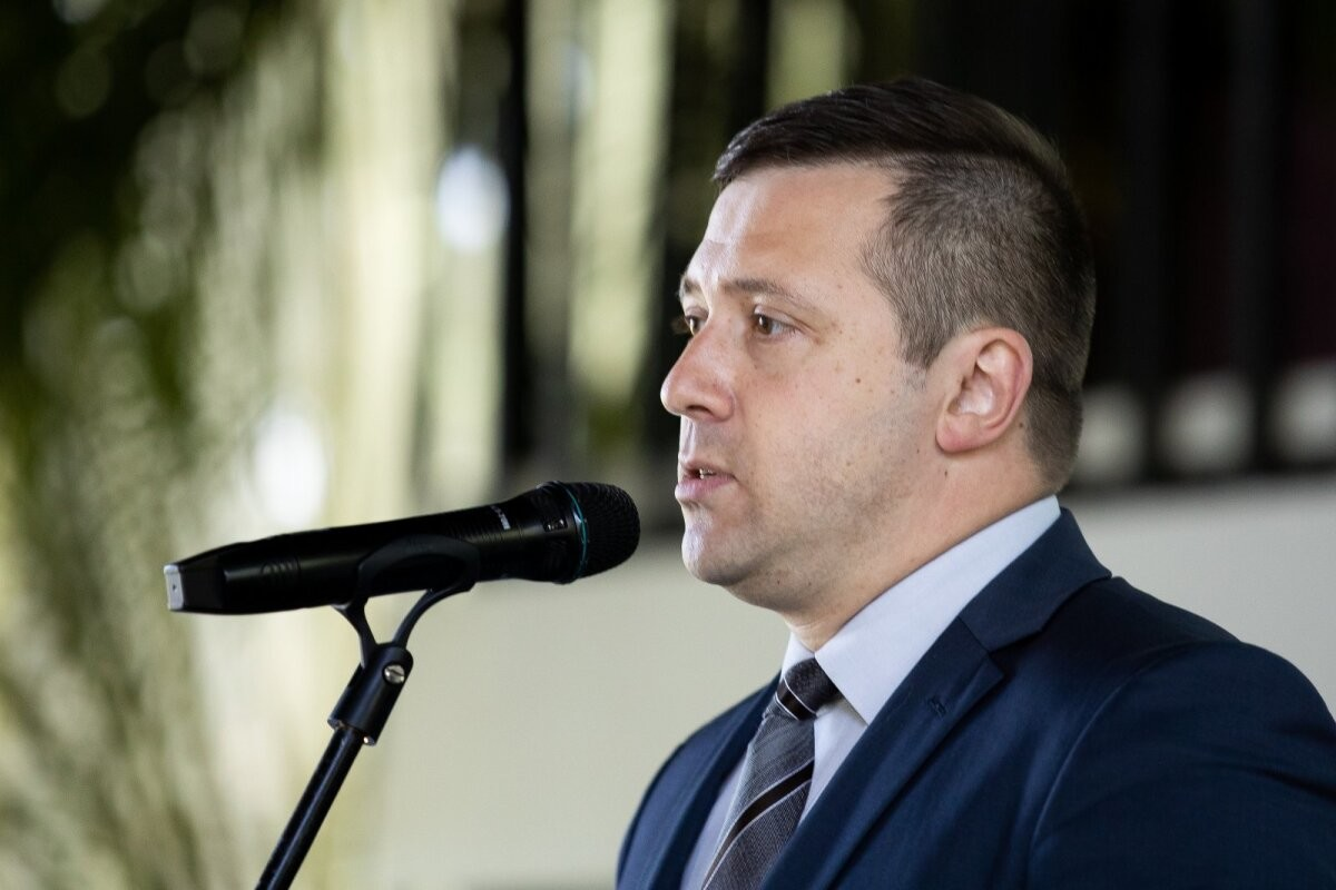 Вице-мэр: Таллиннская мэрия не требует вакцинировать учеников наших школ и требовать не планирует