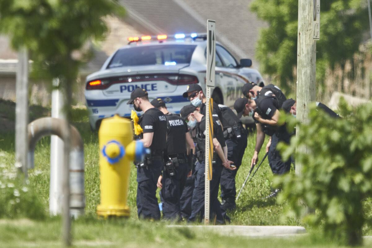 В Канаде водитель умышленно сбил семью мусульман