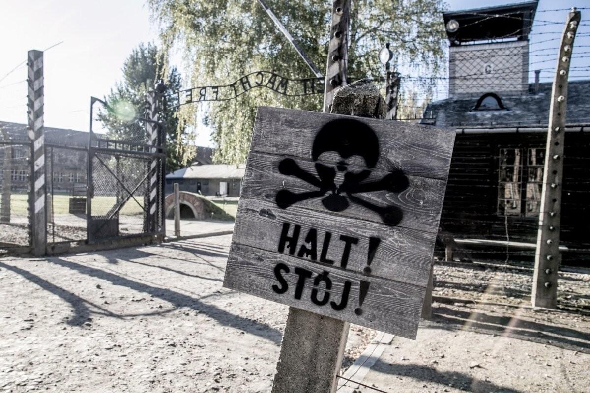 В ФРГ скорбят о смерти одного из последних советских бойцов, освободивших Освенцим