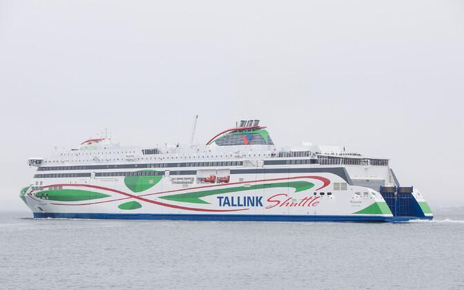 На паромы Tallink начали пускать вакцинированных пассажиров