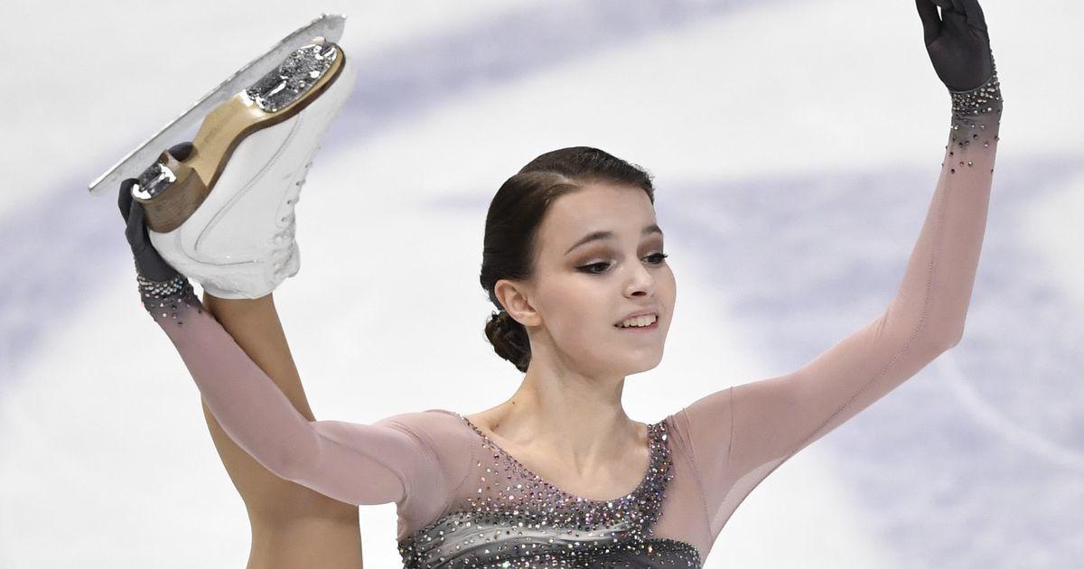 Анна Щербакова пока не смогла захватить лидерство в мировом рейтинге фигуристок