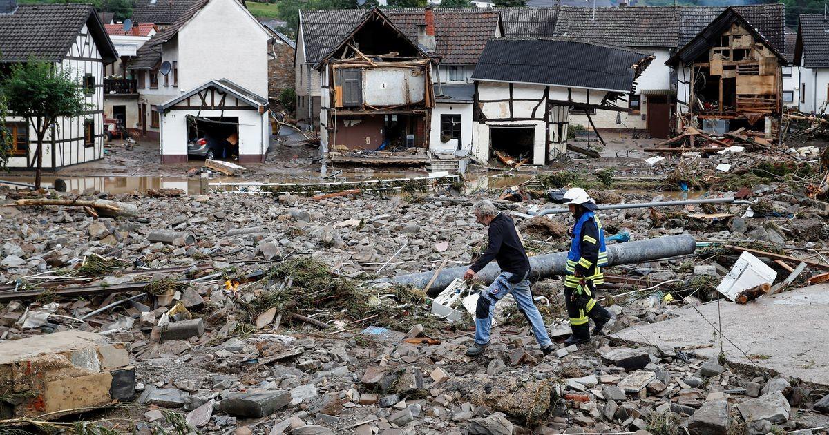 Германию затопило: погибло более 80 человек, сотни пропали без вести