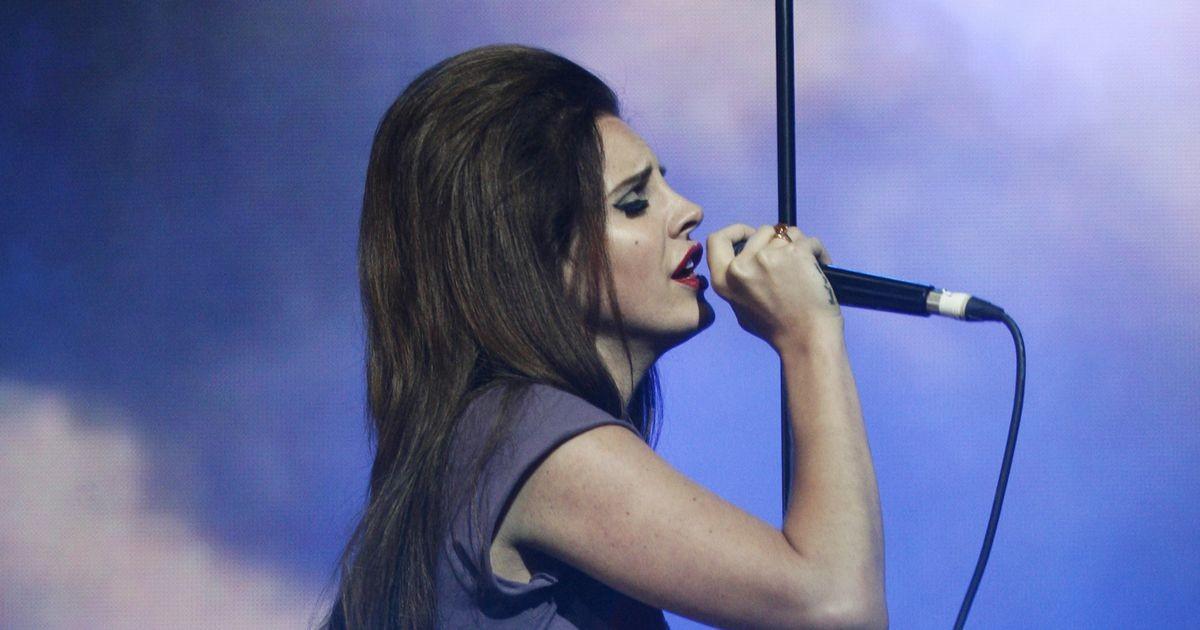Певица Лана Дель Рей рассказала, почему решила отказаться от соцсетей