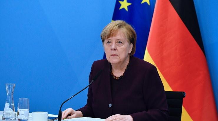 Меркель заявила о начавшейся третьей волне COVID-19 в Германии