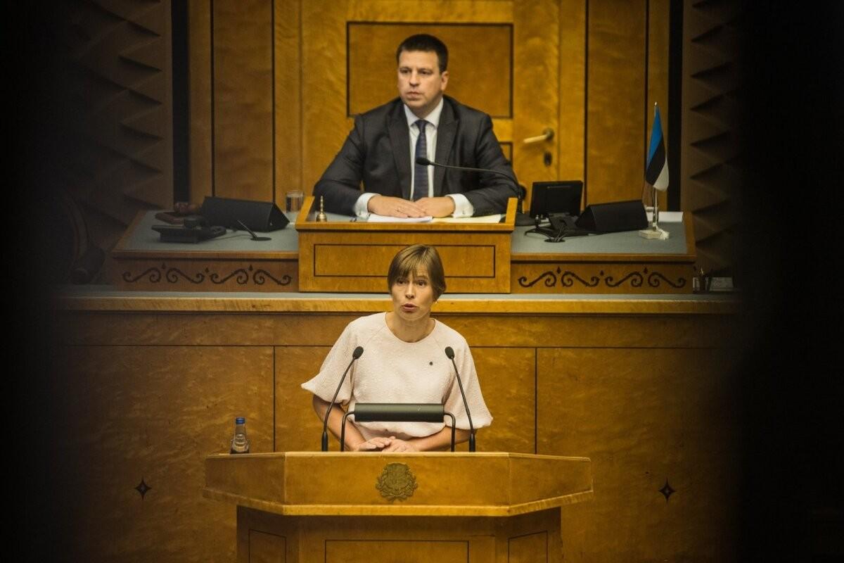 ГРАФИК | Кальюлайд хочет поднять зарплату депутатам Рийгикогу, так как они получают не в четыре раза больше средней зарплаты, а в три