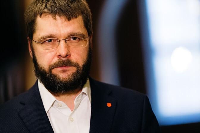 Осиновский: противопоставление эстонцев и русских в речи президента было неуместным