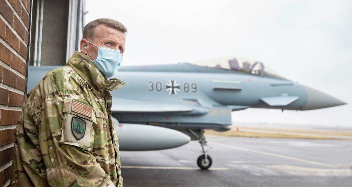 Главком НАТО в Европе проинспектировал боеготовность Эстонии
