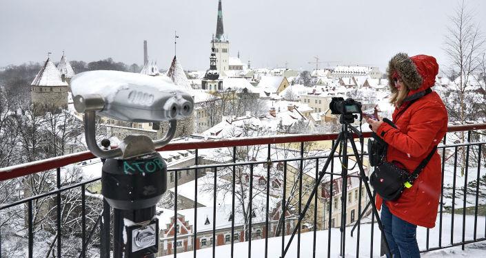 В Таллине ледяной дождь вызвал транспортный коллапс