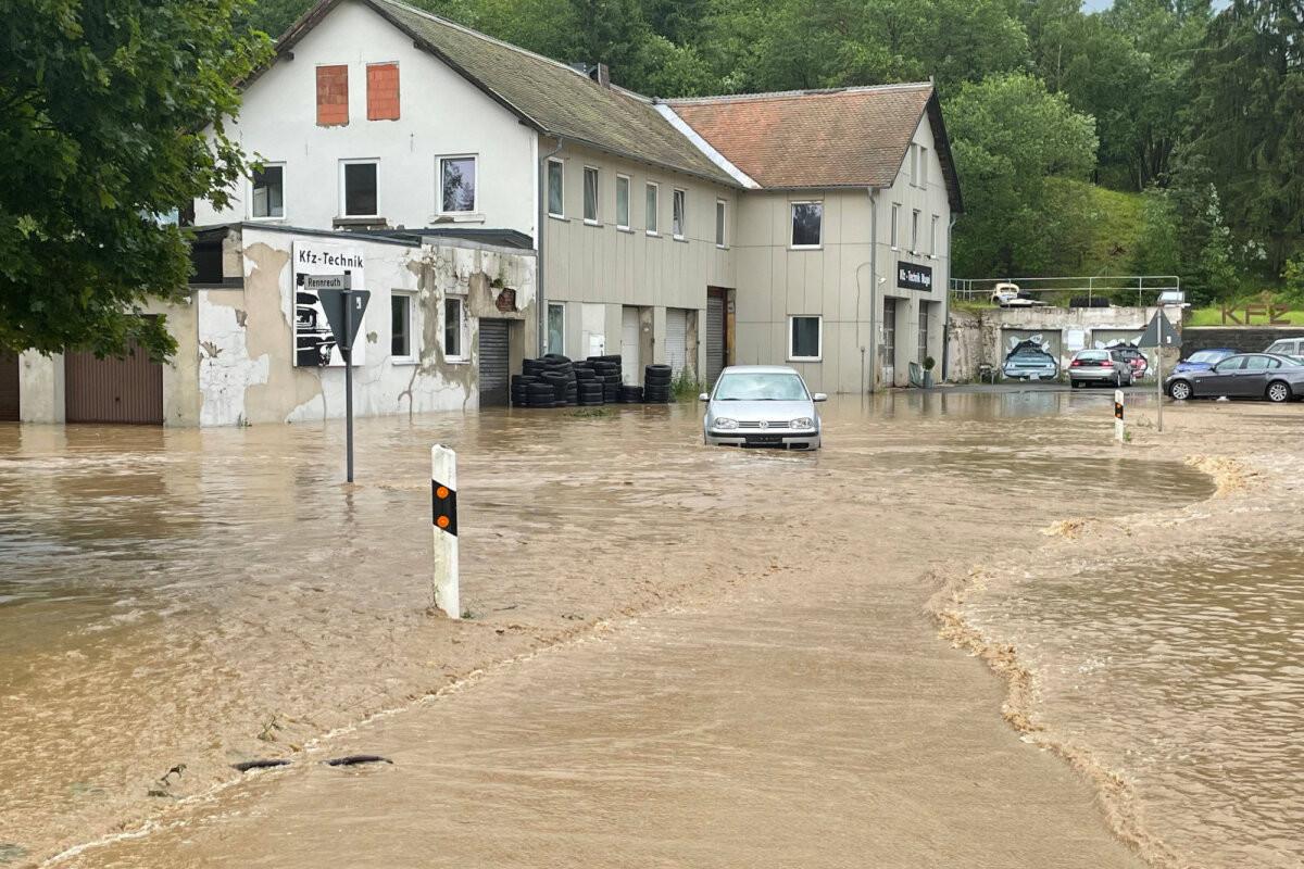 Число жертв экологической катастрофы в Германии возросло до 156