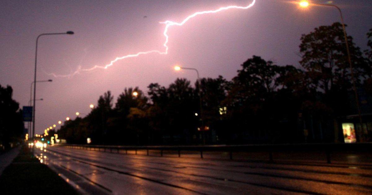 Непогода движется по Эстонии: следите за перемещением грозы в режиме реального времени