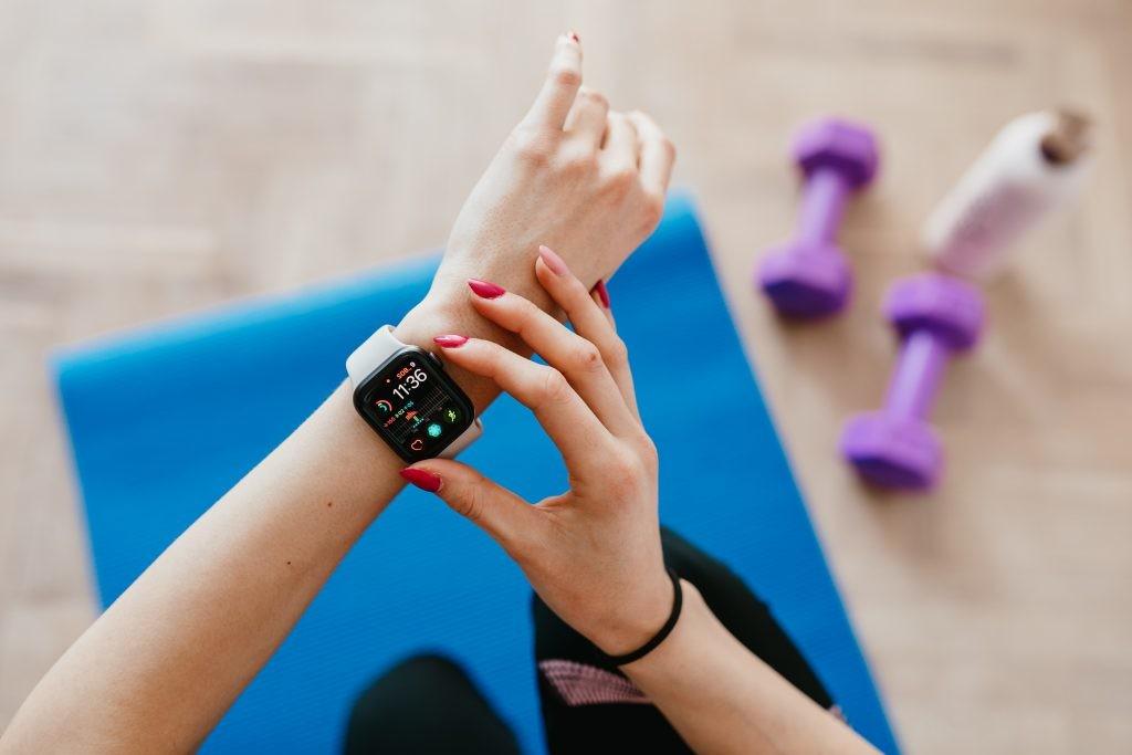 Семейный врач: можно ли доверять смарт-часам по части здоровья?