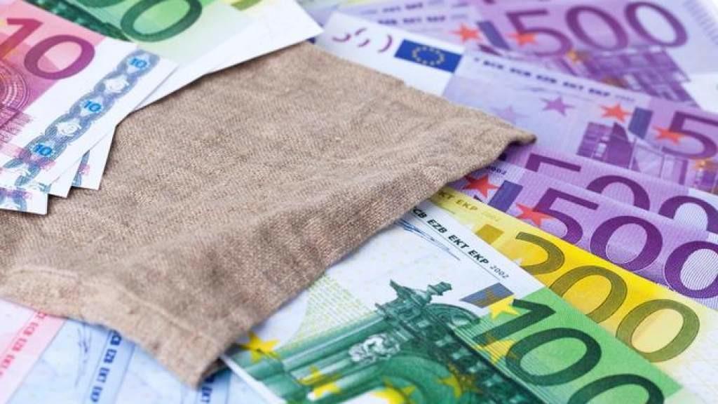 Swedbank: вышедшие из второй пенсионной ступени получат 500 млн евро
