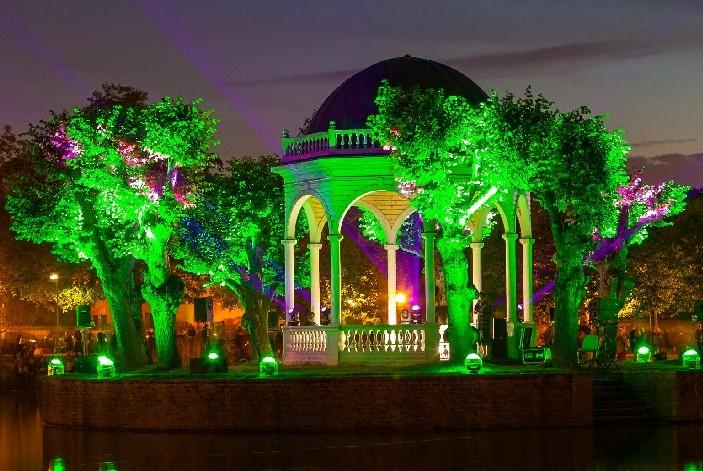 В парках Таллина сегодня вечером начнётся фестиваль света