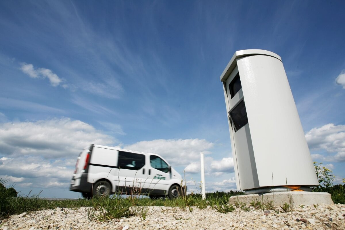 Камеры контроля скорости зафиксировали более 100 тысяч нарушений за полгода
