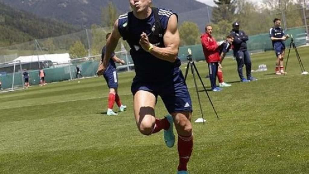 Артём Дзюба вошёл в список лучших футболистов чемпионата Европы из-за «силы быка»