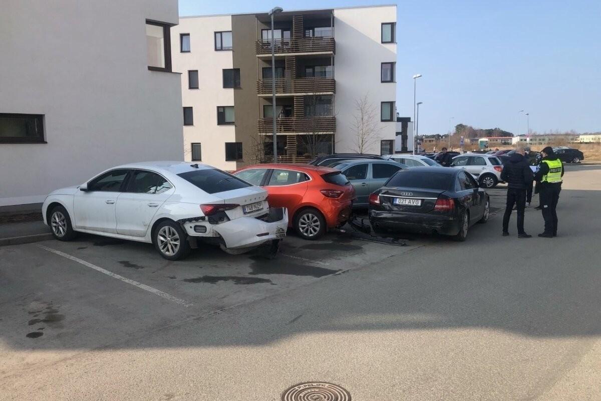 Разбившая кучу машин на парковке женщина была настолько пьяна, что пришлось завести уголовное дело