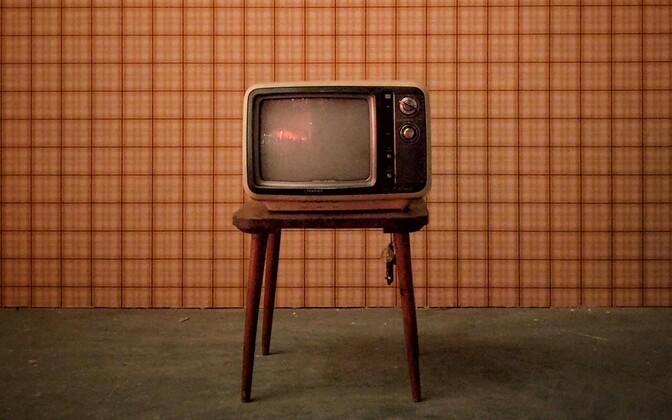 """В августе эстонцы больше всего смотрели ETV, неэстонцы - """"РТР-Планету"""""""