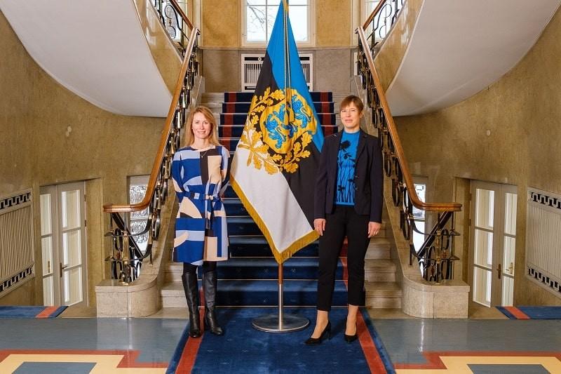 EKRE: Процветает политтуризм, едут тысячи украинцев, а вы — сидите по домам