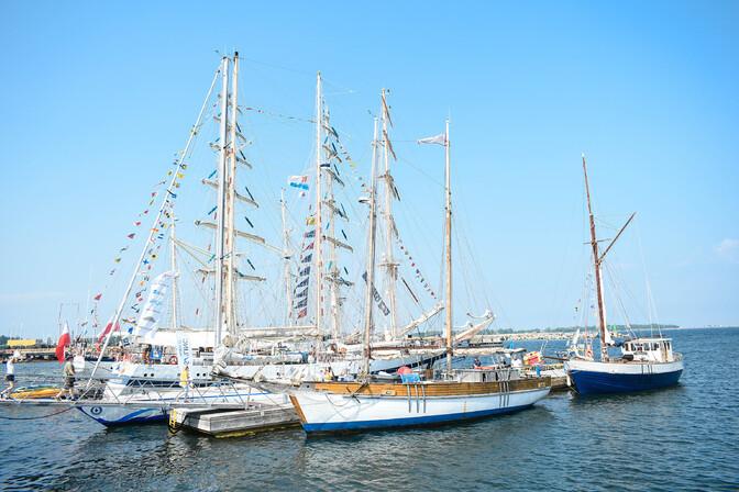 ФОТО: на праздник Sail Tallinn прибыли первые парусники