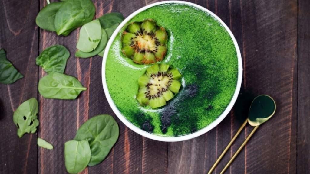 Как приготовить фруктовый суп, рецепты супов из фруктов, чем может быть опасен фруктовый суп