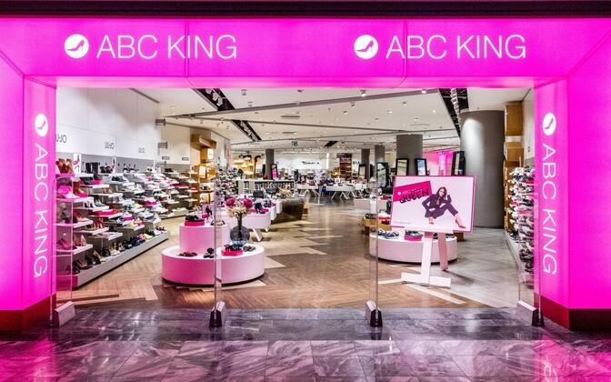 Две крупные обувные сети закрывают свои магазины