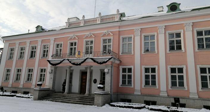 Националисты бьют тревогу: в президенты Эстонии опять хотят протащить иностранца