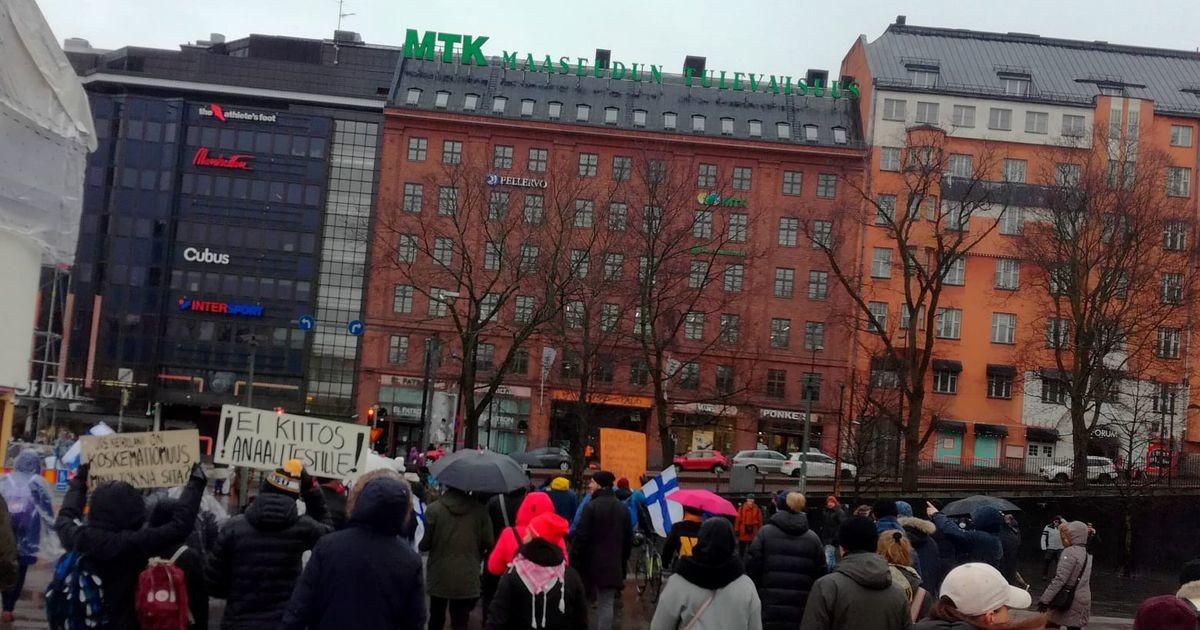 В Финляндии на акции протеста задержали 20 человек