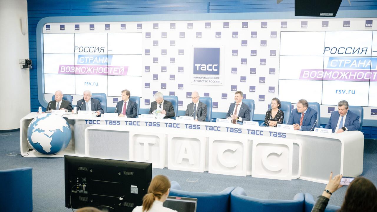 Стартовал приём заявок для соотечественников на участие в конкурса «Лидеры России»