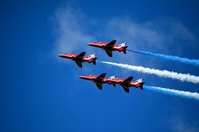 В честь Дня победы самолёты пролетают над Эстонией