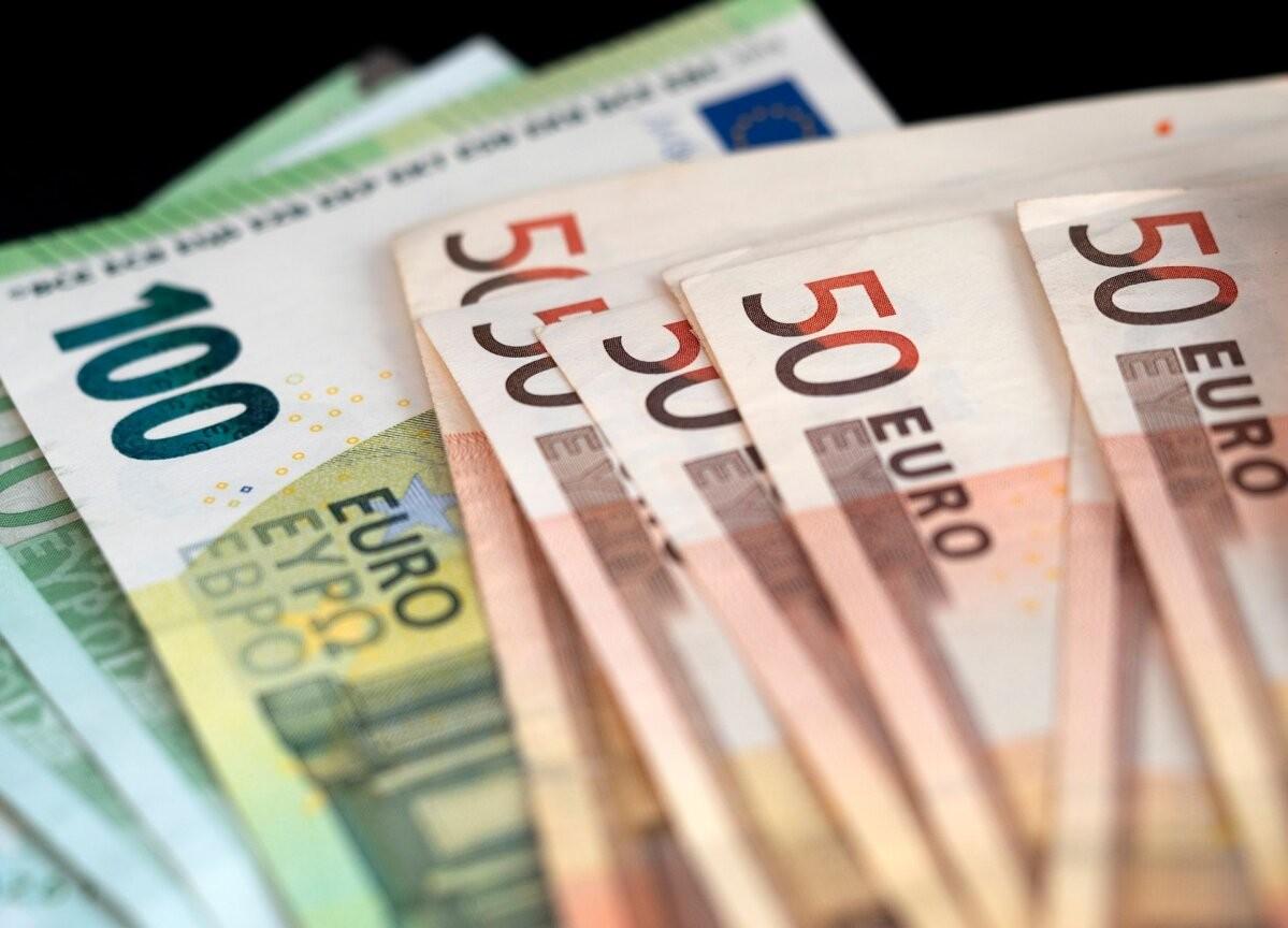 Эстония выпустила облигации на сумму €400 млн