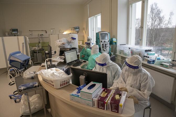 В больницах с коронавирусом находятся 316 пациентов, добавилось 1228 новых инфицированных