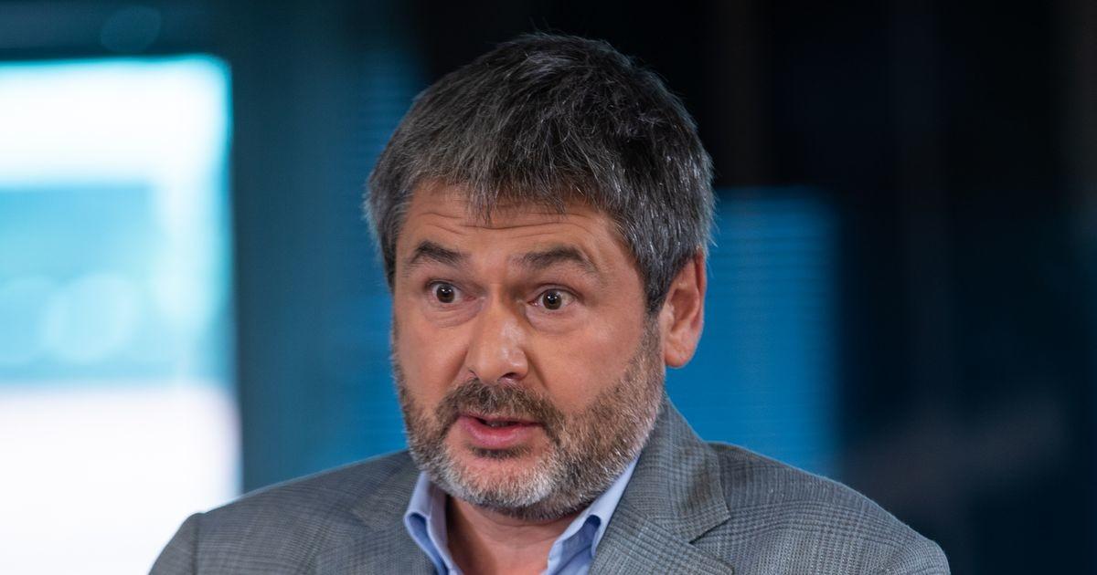 Осиновский: почему врачи и учителя должны из своей зарплаты кормить владельцев отелей и турфирм?
