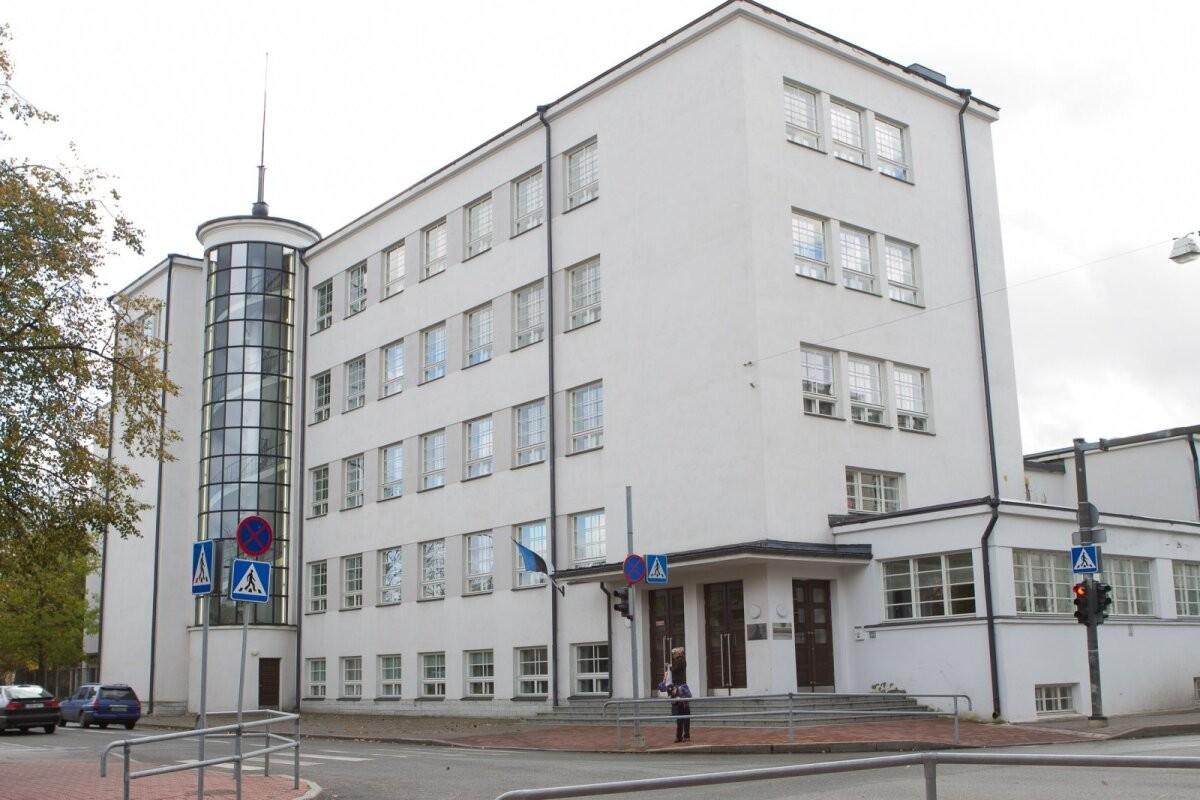 Таллиннская русская гимназия требует вакцинировать детей — иначе они будут учиться дистанционно