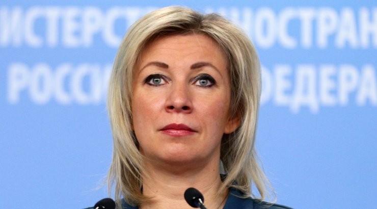 Захарова посоветовала Западу заняться своими проблемами, а не Навальным